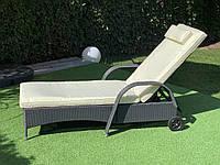 Большой лежак из искуственного ротанга, фото 1