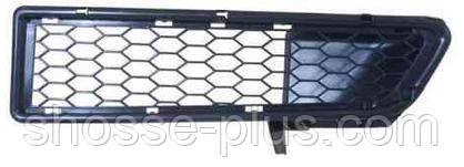Решетка бампера правая Dacia Logan