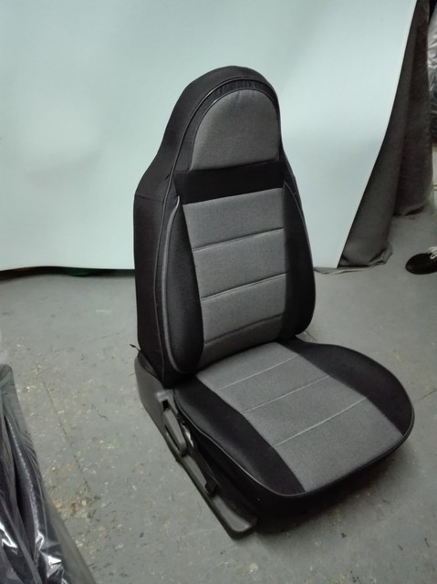 Чехлы на сиденья Ниссан Микра (Nissan Micra) (универсальные, кожзам+автоткань, пилот)