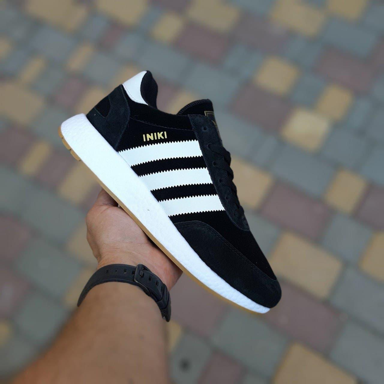 Кроссовки женские Adidas INIKI Чёрные с белым замша везде 20196 36-41р. маломерят