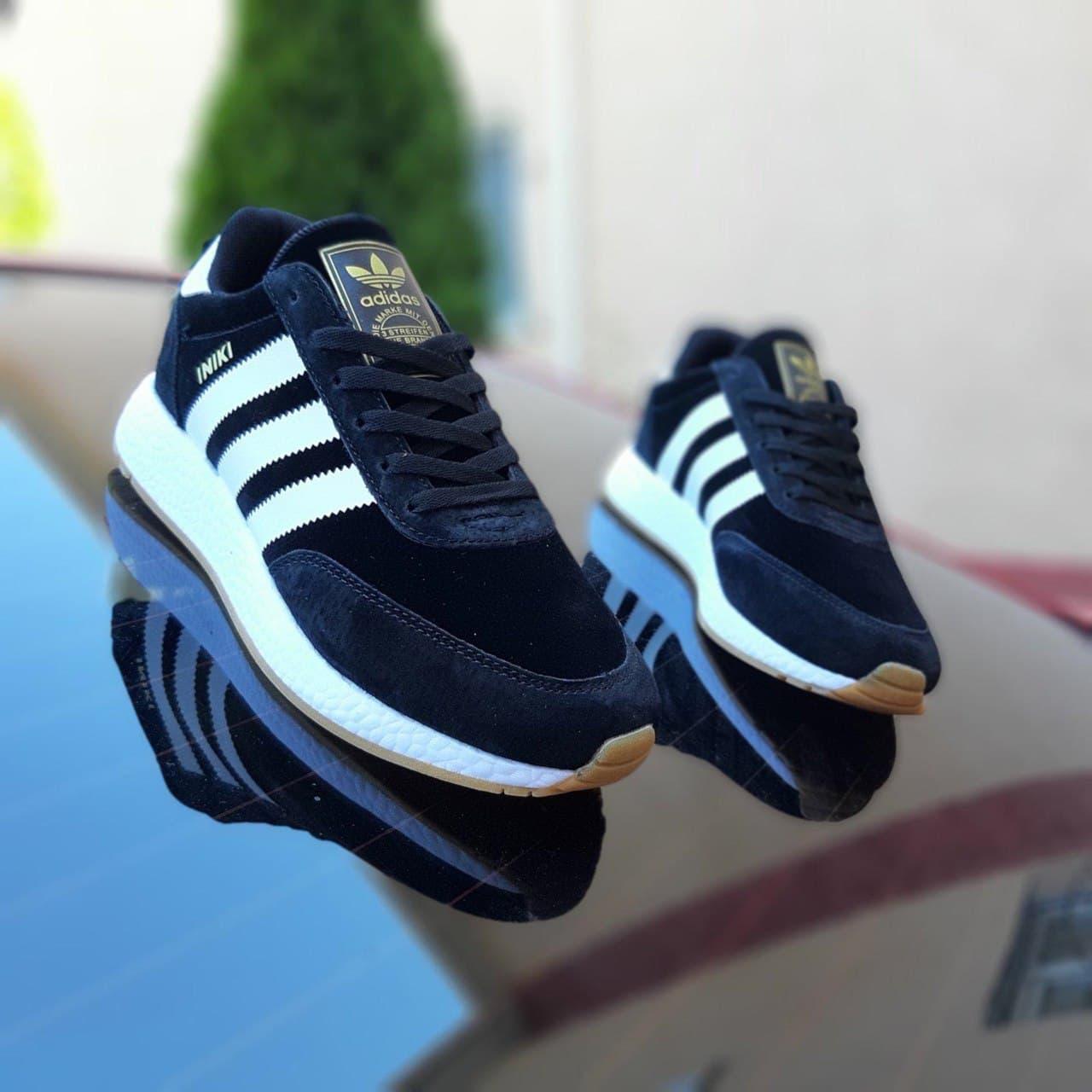 Кроссовки мужские Adidas INIKI Чёрные с белым замша везде  41-46р.