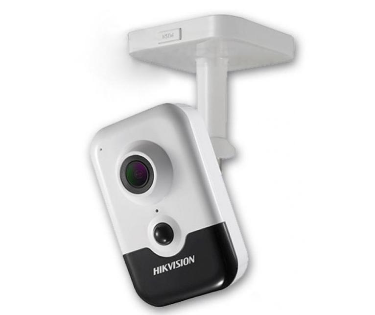 IP відеокамера DS-2CD2423G0-IW(W) (2.8 ММ)  з  Wi-Fi