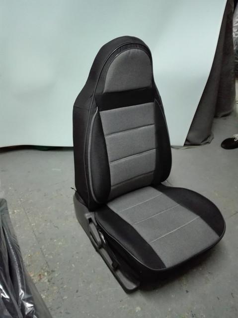 Чехлы на сиденья Хендай Матрикс (Hyundai Matrix) (универсальные, кожзам+автоткань, пилот)