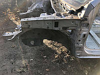 Передняя левая четверть Hyundai Santa FE 2
