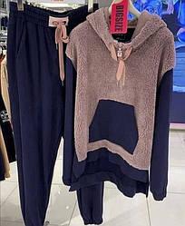 Теплий спортивний костюм жіночий на флісі з еко хутром штани і кофта