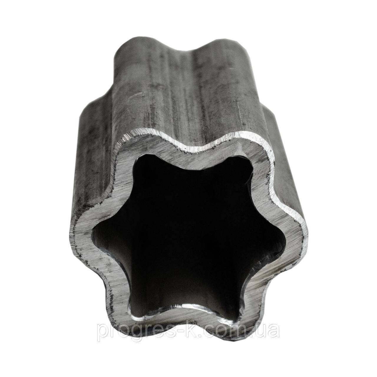 Труба шестигранная наружная S60-Н (м.) (56,8х4,3)