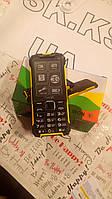 Iron 3G кнопочный телефон с интернетом 3G