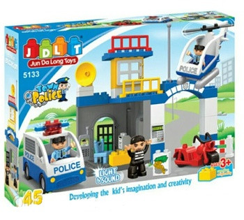 """Конструктор JDLT """"Поліцейську Дільницю"""", 45 деталей, 2 фігурки, світло, звук, в коробці 5133"""