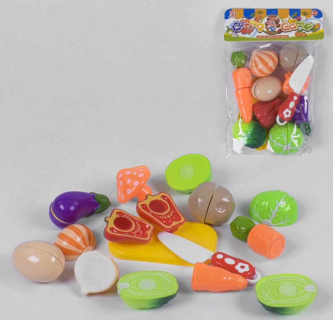 Набор овощей баклажан, морковь, капуста, гриб, лук, картошка, ножик, досточка на липучках в кульке