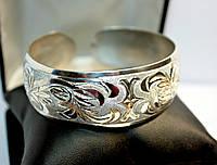 Серебряный женский браслет с незамкнутой застежкой