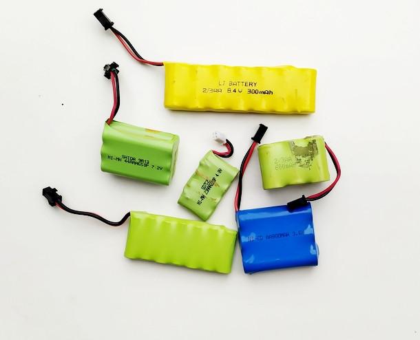 Аккумулятор для радиоуправляемых машин катеров самолетов