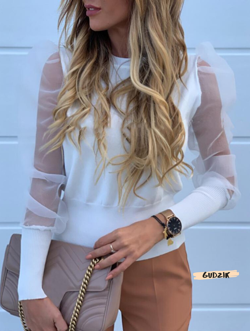 Женская блуза с рукавами фонарик