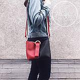 Женский сумка красно черная с бумбуковым кольцом через плече на широкой тканевой ручке + косметичка, фото 2