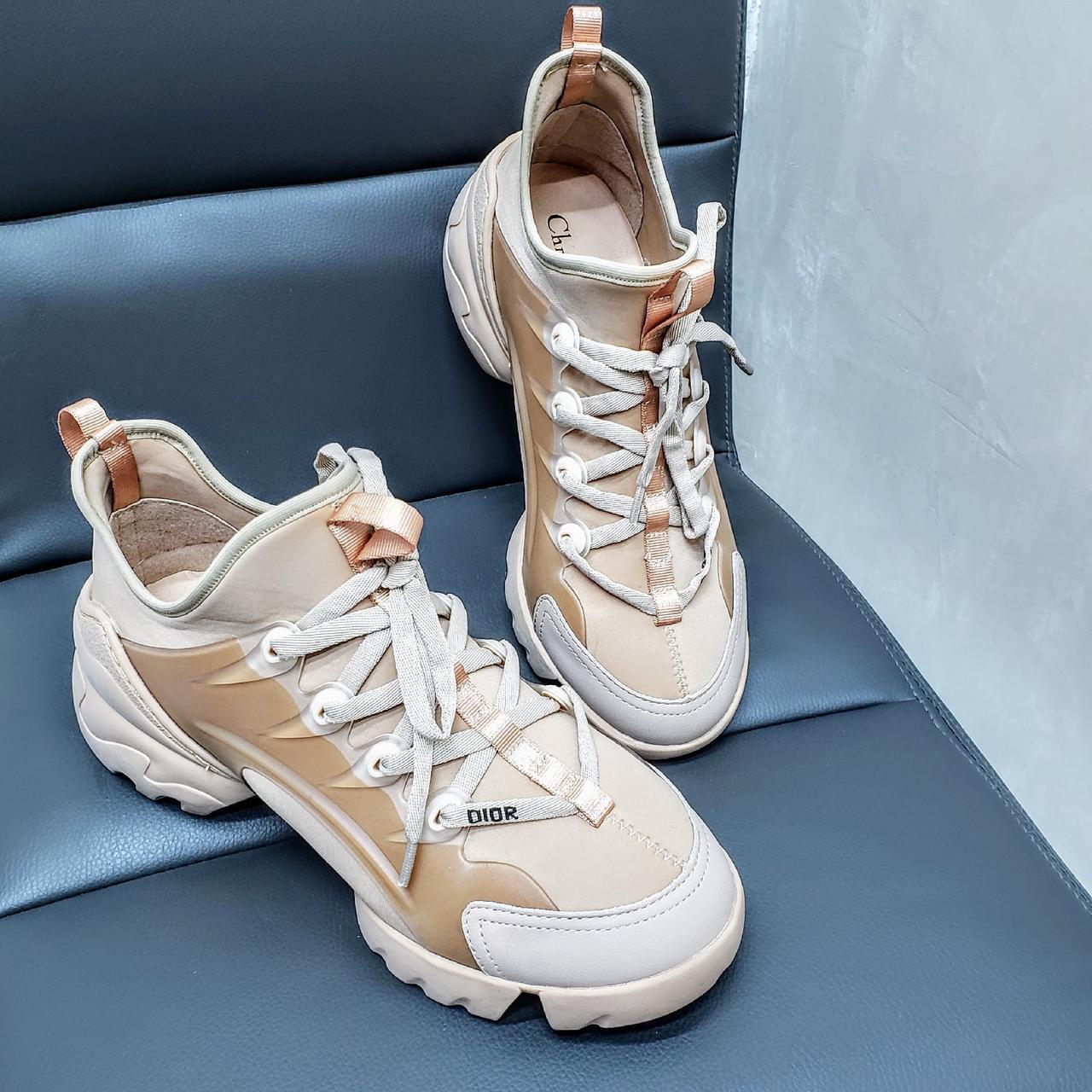 Женские стильные кроссовки DiOr !