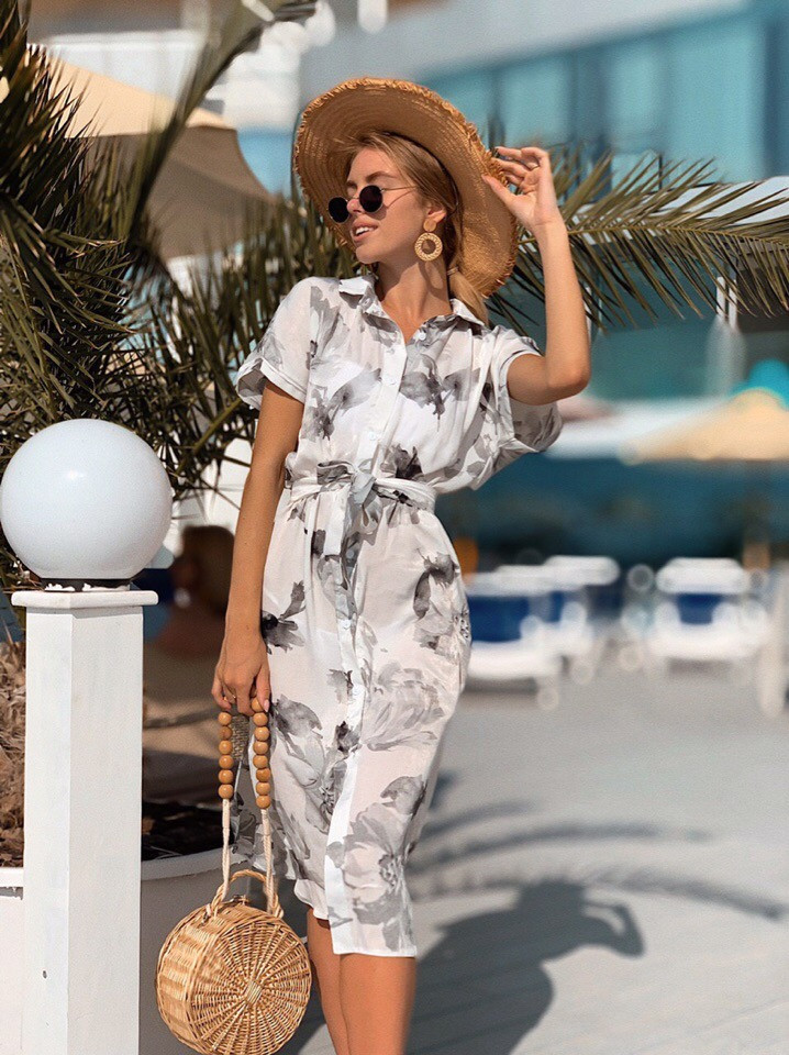 Женское летнее нежное платье из шелка в принт