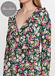 Женское легкое нежное  платье  на запах с воланом в цветочный принт, фото 2