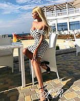 Модное красивое женское платье в горох