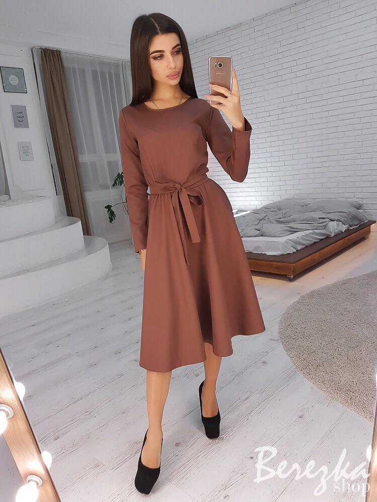 Стильное платье с пышной юбочкой