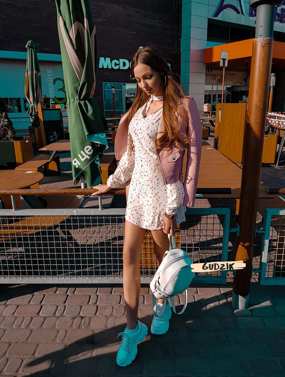 Женское легкое нежное  платье молочное с чокером в цветочный принт