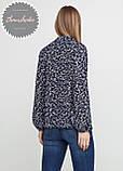 Женская легкая блуза из софта в цветочный принт, фото 2