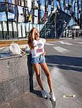 Женская красивая футболка женская белая  с силуэтом девушки, фото 4