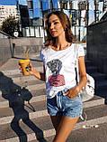 Женская красивая футболка женская белая  с силуэтом девушки, фото 7