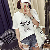 Стильная женская  футболка с принтом зайчика в очках, фото 3