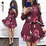 Женское короткое платье в цветочный принт, фото 3