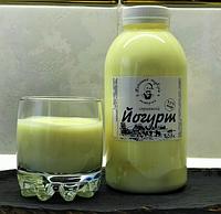 Йогурт с персиком 0,5 л / 35 грн