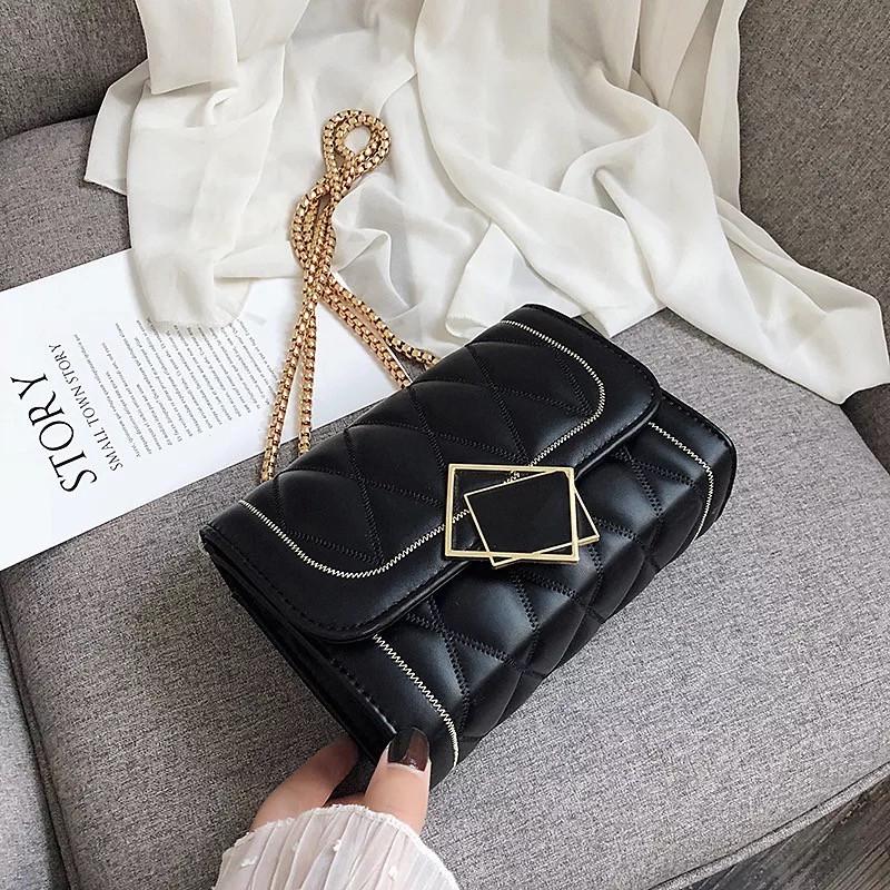 Женская классическая сумочка MIRROW-2 на толстой цепочке три отдела черная