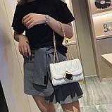Женская классическая сумочка MIRROW-2 на толстой цепочке три отдела белая, фото 6