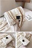 Женская классическая сумочка MIRROW-1 на толстой цепочке три отдела белая, фото 9