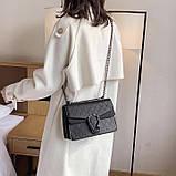Женская большая сумка на цепочке с подковой на три отдела черная, фото 7