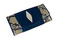 Кошелек черный  Ekzotic Leather из кожи ската с питоном Синий, фото 1