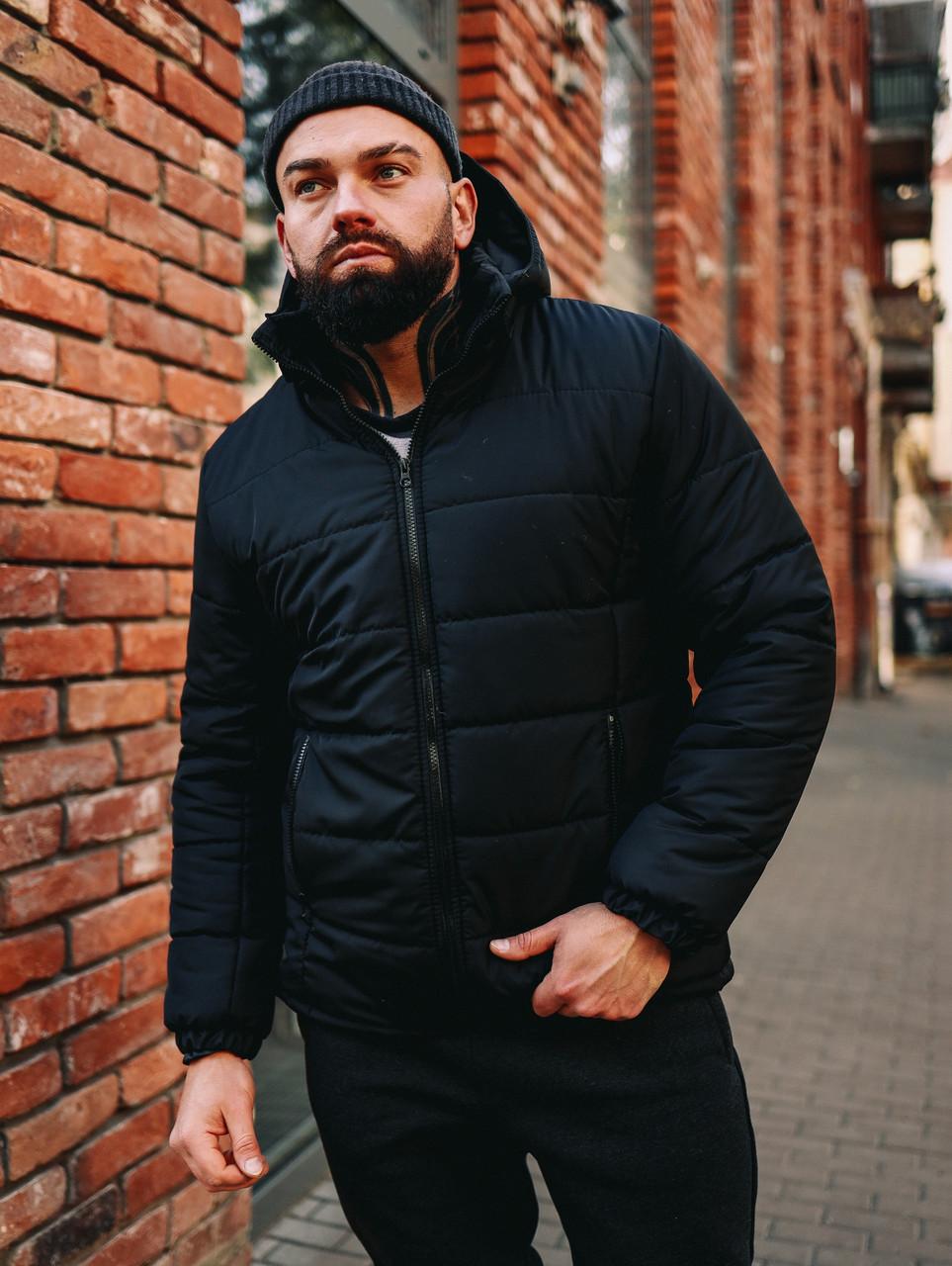 Мужская черная короткая зимняя куртка