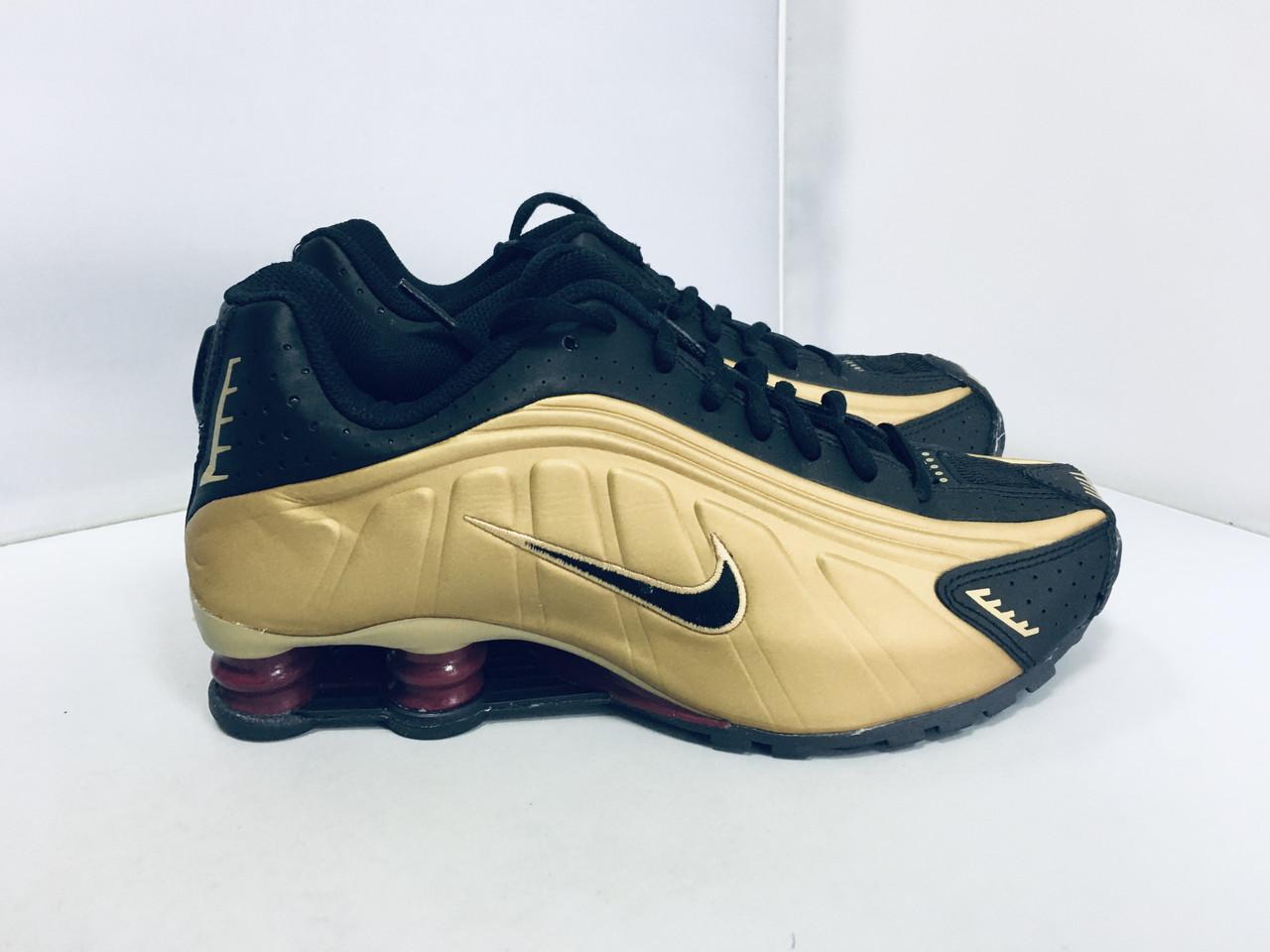 Женские кроссовки NIKE SHOX R4, 38,5 размер