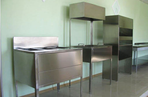 Кухонное оборудование из нержавеющего листа