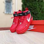 Жіночі зимові кросівки Nike Air Force 1 Mid LV8 (червоні) 3655, фото 7