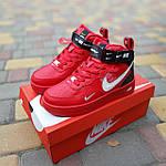 Жіночі зимові кросівки Nike Air Force 1 Mid LV8 (червоні) 3655, фото 8