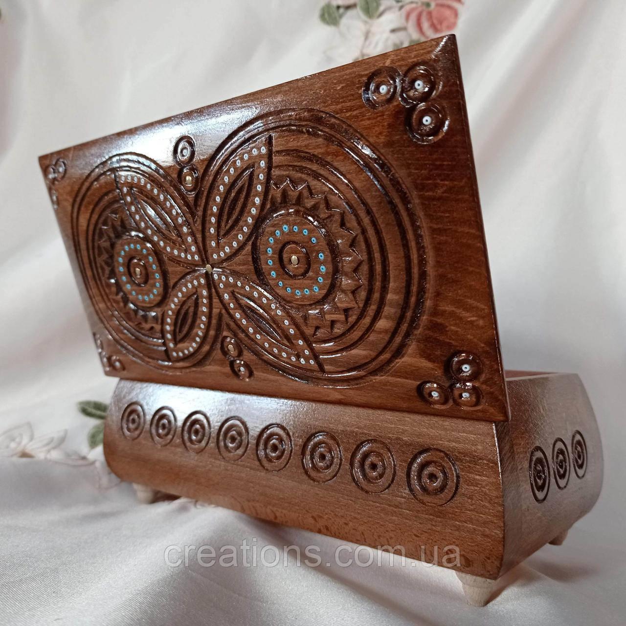 Резная деревянная шкатулка 21х11х8.5 см. для украшений, ручная работа ШК-26