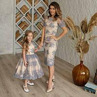 Нарядное кружевное платье для мамы и дочки Family look в бежево-сером цвете