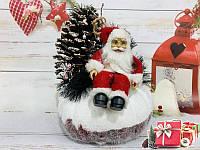 Дед Мороз на пеньке.Новогодний декор.