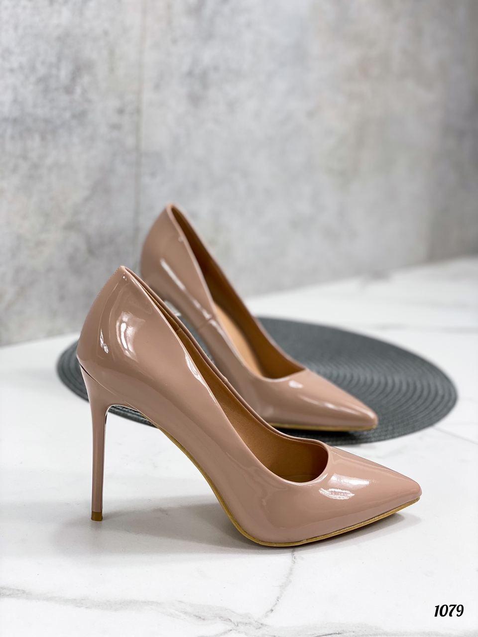 Туфли женские бежевые эко-лак на каблуке 10 см