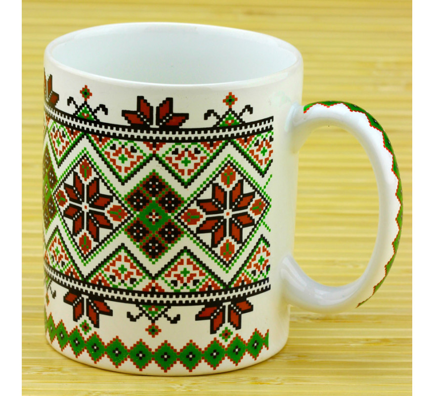 Чашка вышиванка белая/зеленая