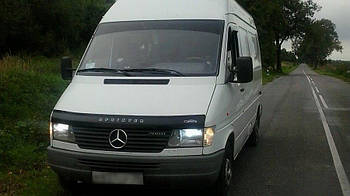 Дефлектор капота (мухобойка) Mercedes-Benz Sprinter 1995-2002
