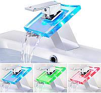 LED Смеситель Beelee для Ванной в Раковину с Водопадом и Стеклянным Изливом RGB, Хром