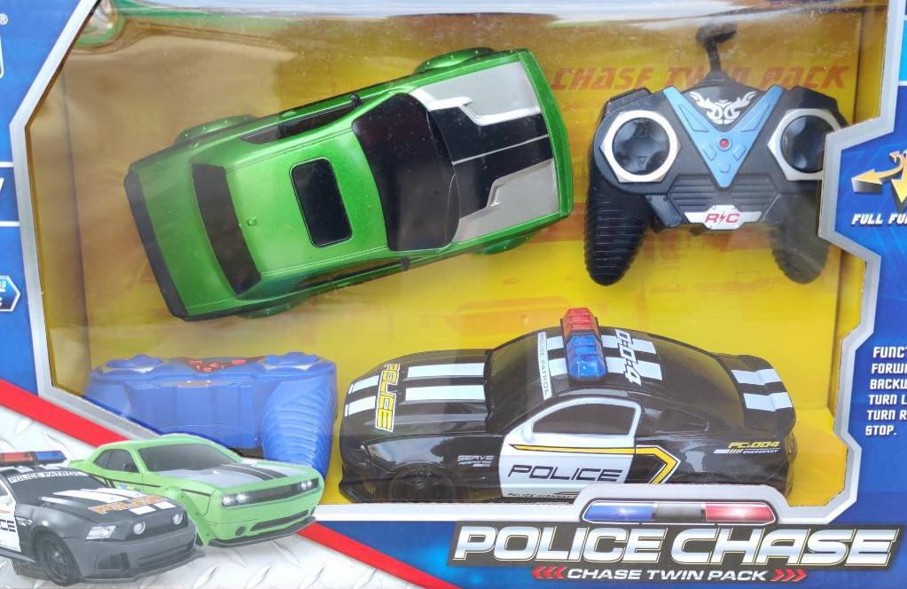 Машинка 2шт на радио пульте управления полиция черная и зелёная Chevrolet