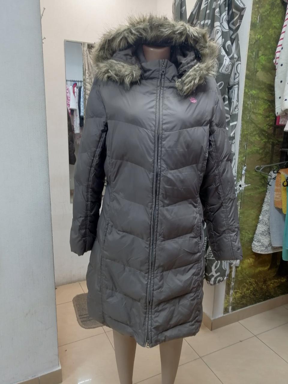 Женская зимняя куртка с капюшоном 2528