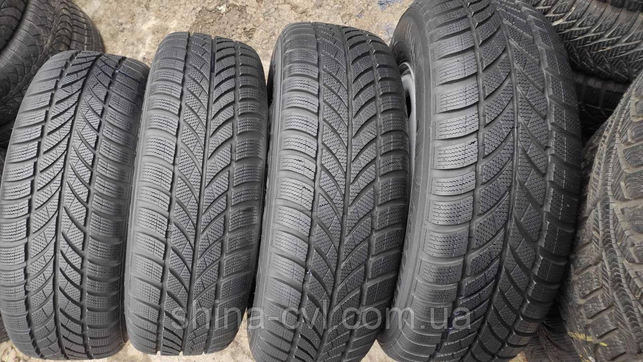 Зимові шини 215/65 R16 98H MAXXIS