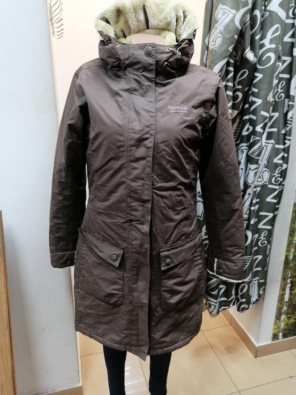Женская куртка с капюшоном 2531